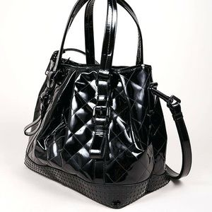 Burberry black patent leather tote shoulder straps